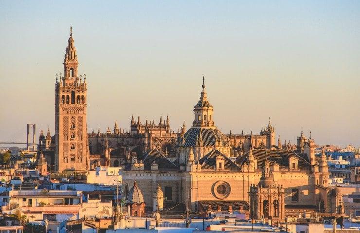 7 lugares mais baratos para se conhecer na Europa