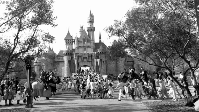 7 coisas que deram muito errado no dia da abertura da Disneylândia