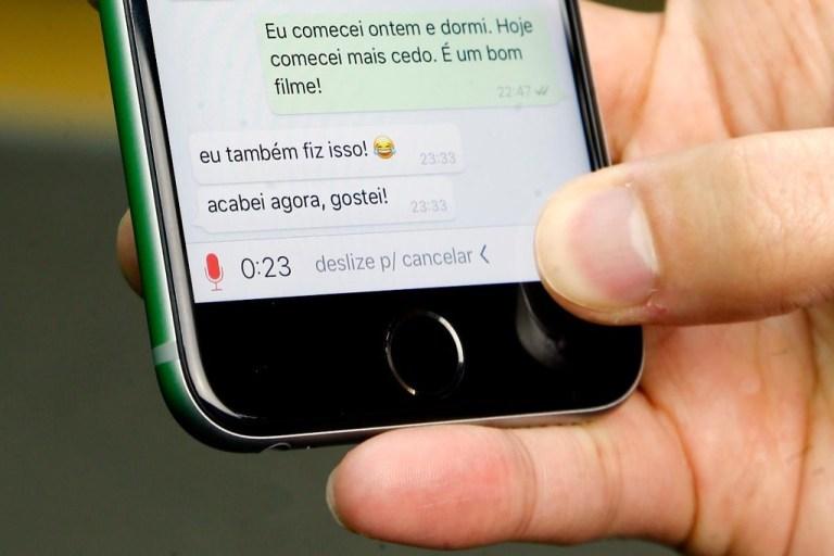 Você pode ouvir áudios do WhatsApp sem ser 'denunciado'