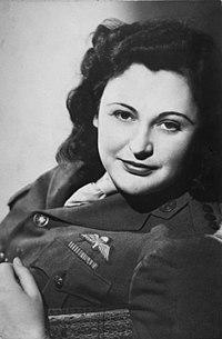 200px Nancy Wake 1945, Fatos Desconhecidos