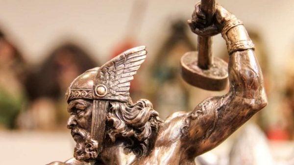 Um artefato viking mostra como era o verdadeiro martelo de Thor