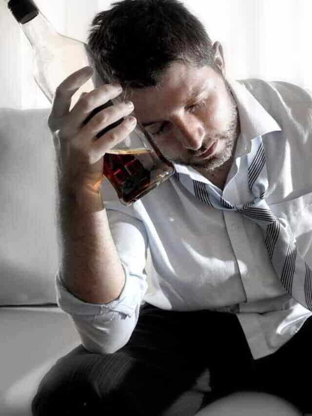 7 celebs que morreram por conta do alcool