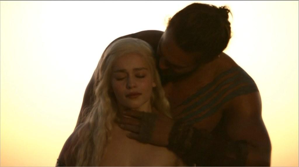 Daenerys And Drogo 1x01 1024x572, Fatos Desconhecidos