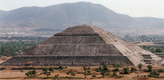 Aparentemente as pirâmides da China são alinhadas com as estrelas, entenda
