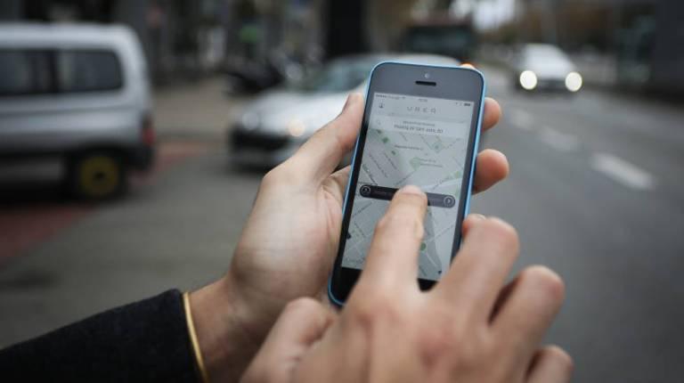 Motorista de Uber chama atenção pelo atendimento diferenciado, entenda