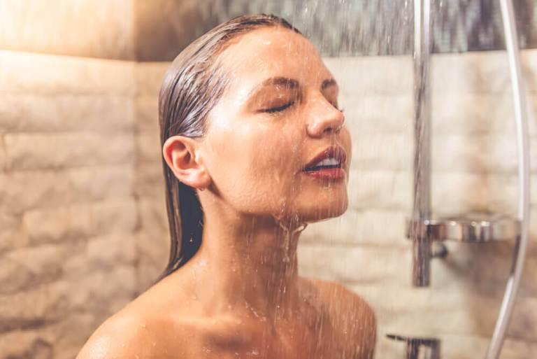 7 cuidados que todo mundo deveria ter com o próprio banheiro