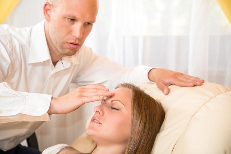 8 coisas que você não sabia sobre a hipnose