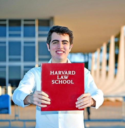 Harvard Brasil 488x500, Fatos Desconhecidos