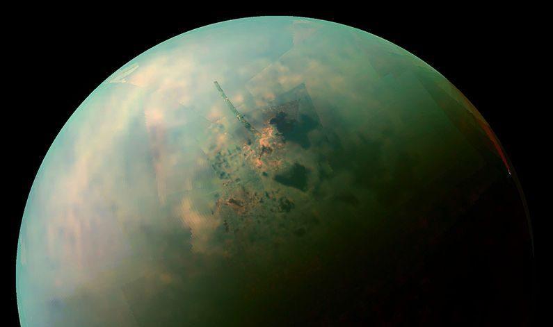 Estudo mostra que lagos de Saturno estão cheios de cristais misteriosos