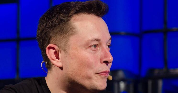 Elon Musk quer soltar bombas nucleares em um lugar bem peculiar