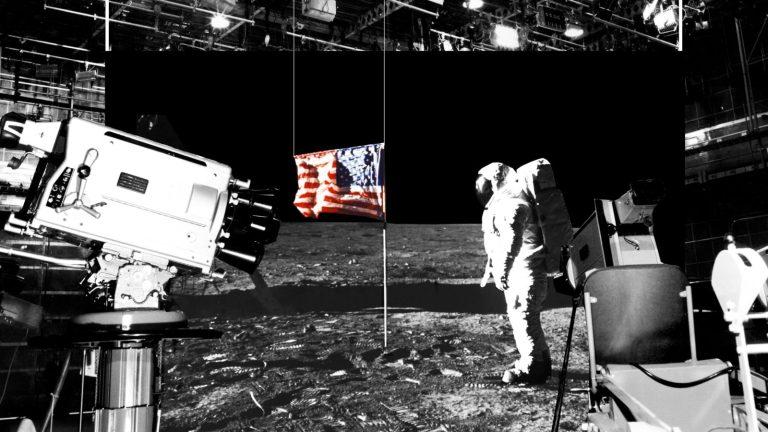 E se o homem nunca tivesse ido à Lua?