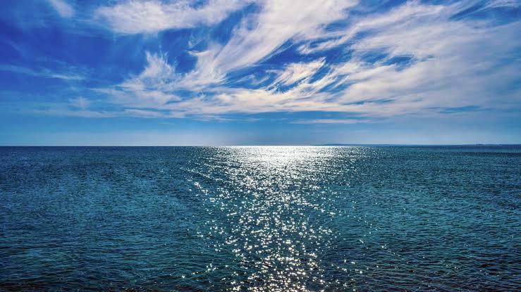 Qual a distância máxima que nossos olhos conseguem enxergar no horizonte?
