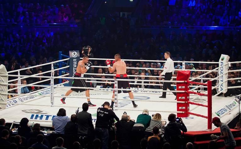 7 lutadores que morreram dentro dos ringues