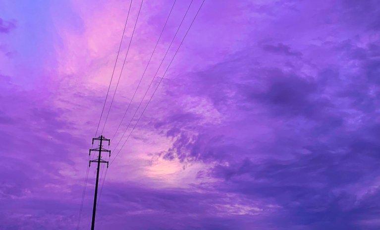 12 imagens assustadoras que mostram o céu japonês violeta
