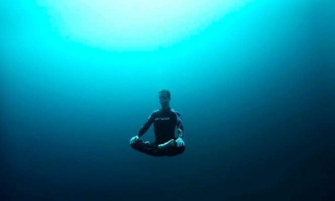 Quanto tempo uma pessoa pode ficar sem respirar?