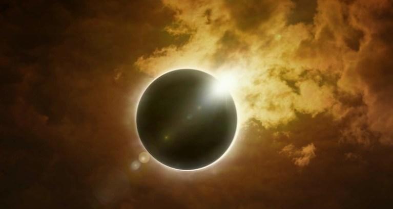"""Eclipse solar com """"anel de fogo"""" poderá ser observado após o Natal"""