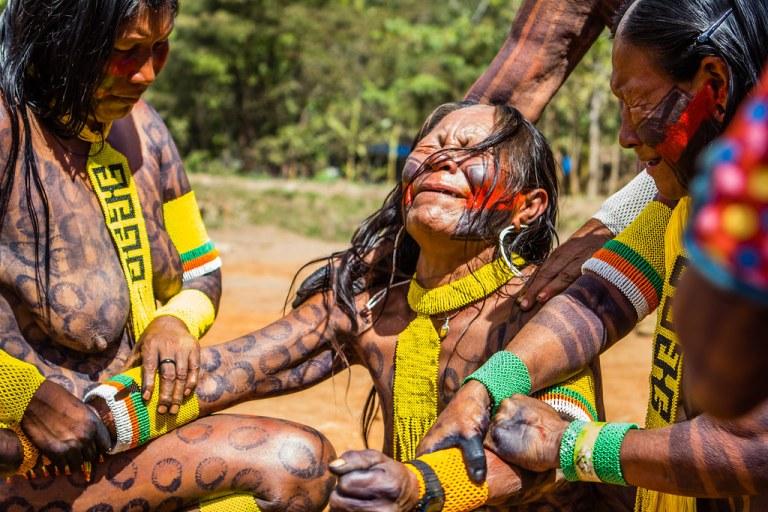 7 rituais de iniciação mais dolorosos do mundo