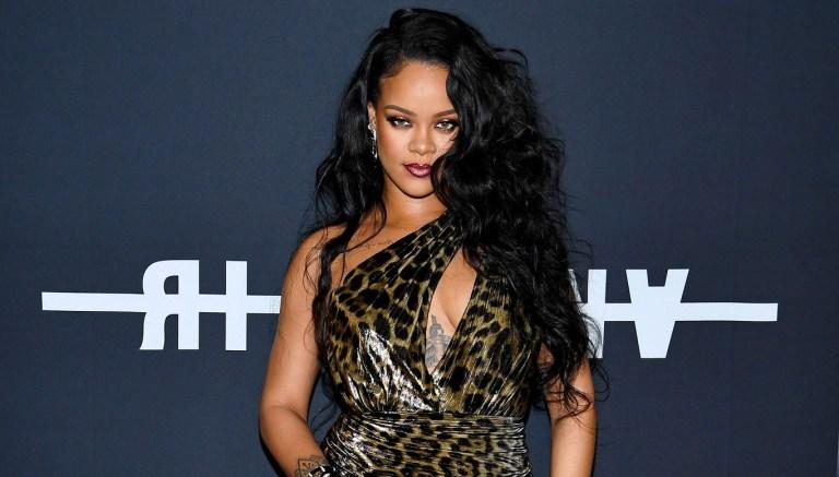 Por que Rihanna processou o próprio pai?