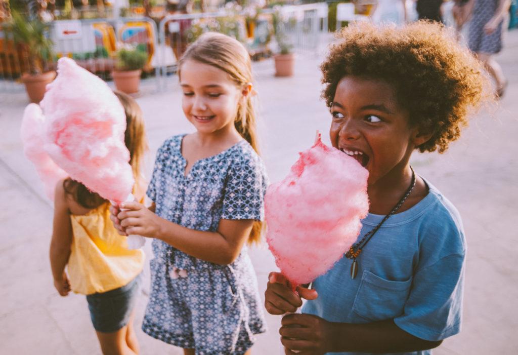 Entenda porque o açúcar não deve ser considerado inimigo das crianças