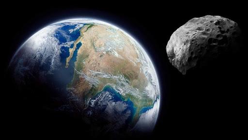 Asteroide que vai passar pela Terra parece estar usando máscara