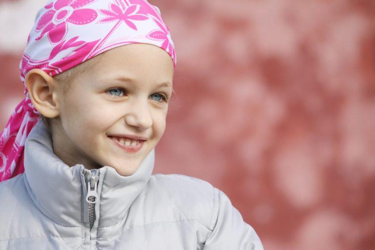 Estudo prevê quantidade de crianças que poderão morrer por câncer até 2050 e resultado é assustador
