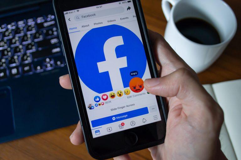 Por que grandes empresas decidiram boicotar o Facebook?