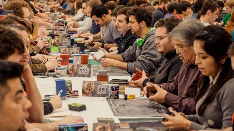"""7 cartas que serão banidas de """"Magic: The Gathering"""" por apresentarem conteúdo racista"""