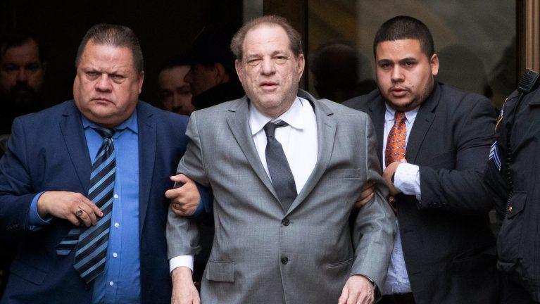 Como terminou o caso Harvey Weinstein?