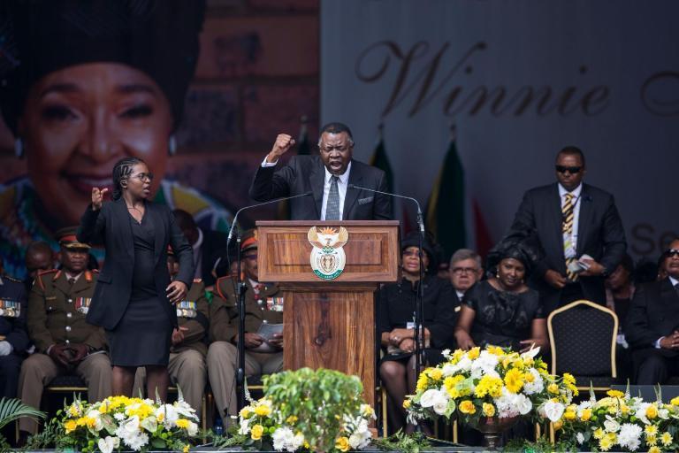 Nações africanas pedem indenização por colonização