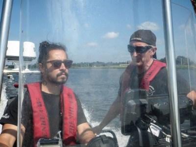 """Conheça o """"pirata"""" brasileiro quer viaja pelo mundo salvando golfinhos e baleias"""