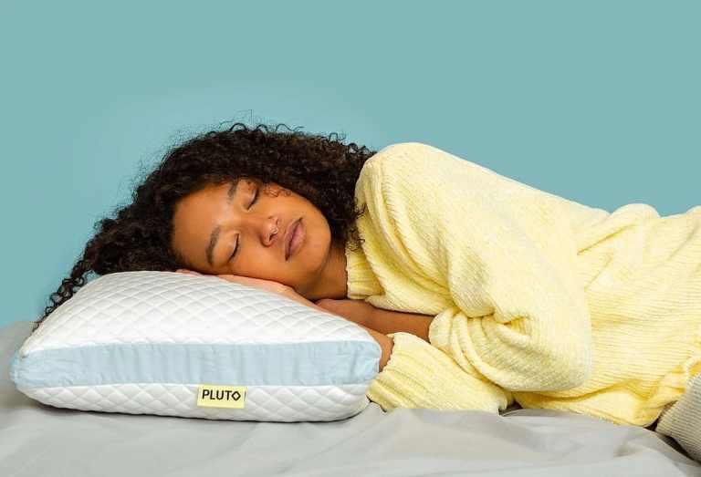 Esse travesseiro é feito sob encomenda com base nas necessidades de sono de cada pessoa