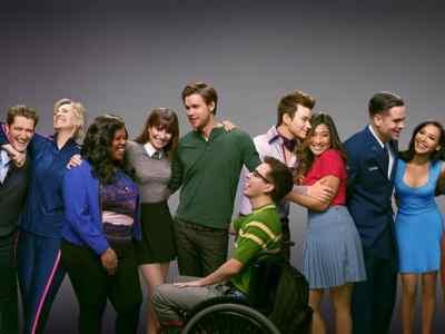 Glee 4, Fatos Desconhecidos