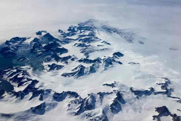 """Cientistas podem ter resolvido o mistério antigo do """"gelo perdido"""" da Terra"""