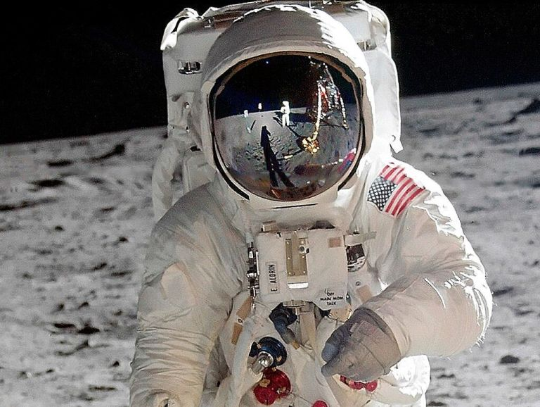 Primeira astronauta negra da NASA deve pisar na Lua até 2024