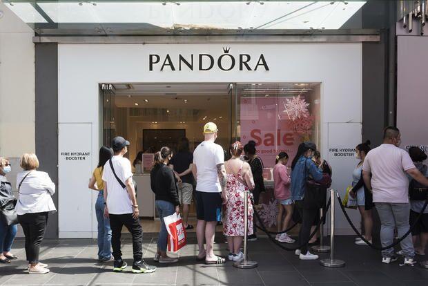 Pandora, a maior joalheria do mundo, não usará mais diamantes extraídos