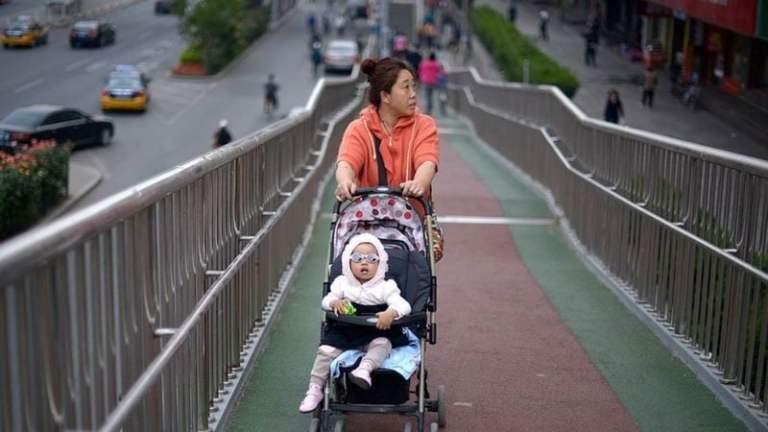 Por que chinesas não querem engravidar mesmo com o fim da política do filho único?