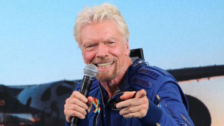 Virgin Galactic vai sortear duas passagens para o espaço