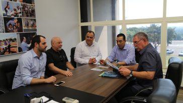 Prefeito recebe dirigente de empresa de saneamento de Israel