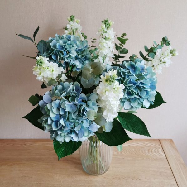 blue ivory hydrangea stock flower box