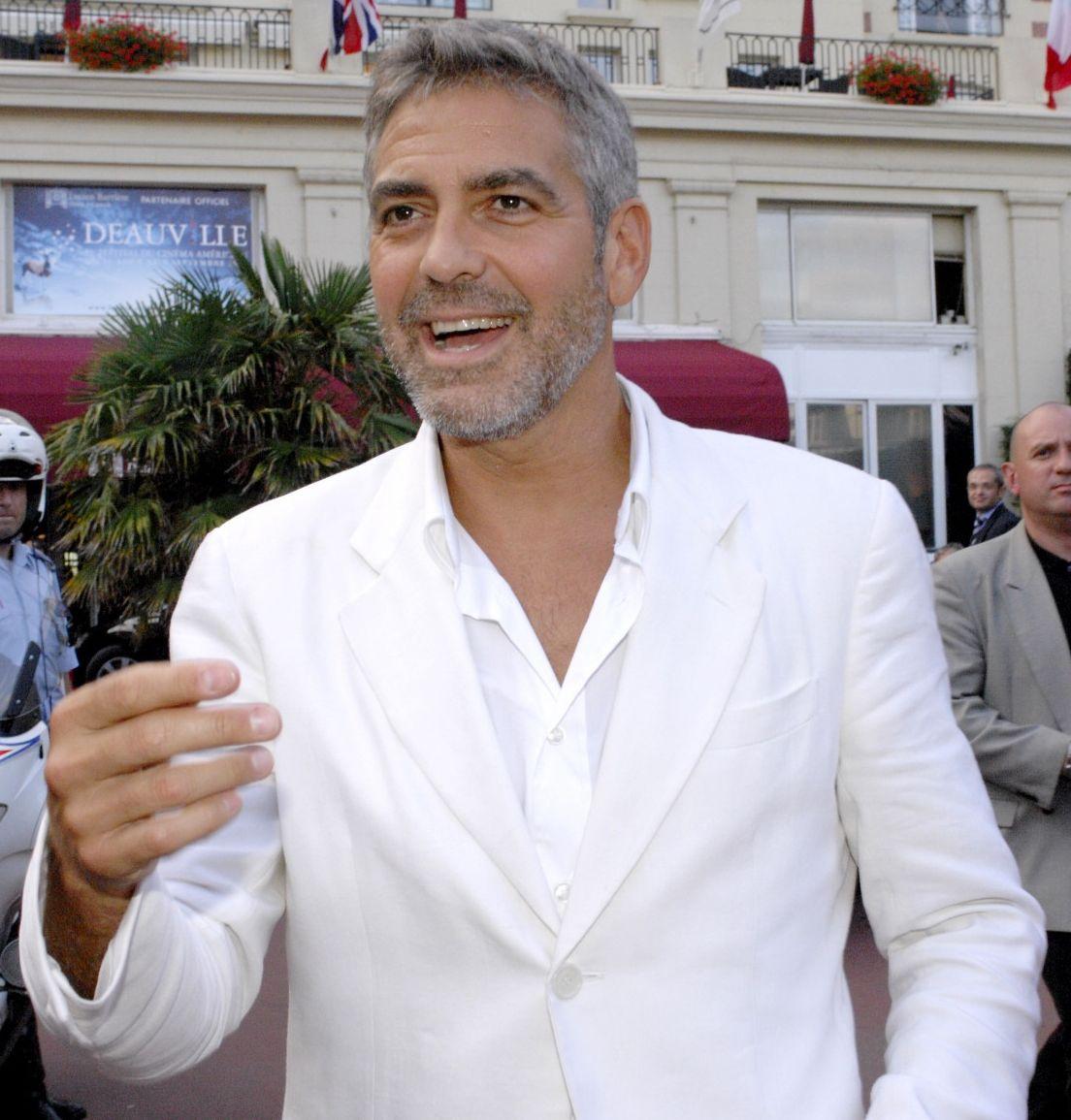 https://i2.wp.com/www.favcelebrity.com/wp-content/uploads/2011/11/George-Clooney_14.jpg