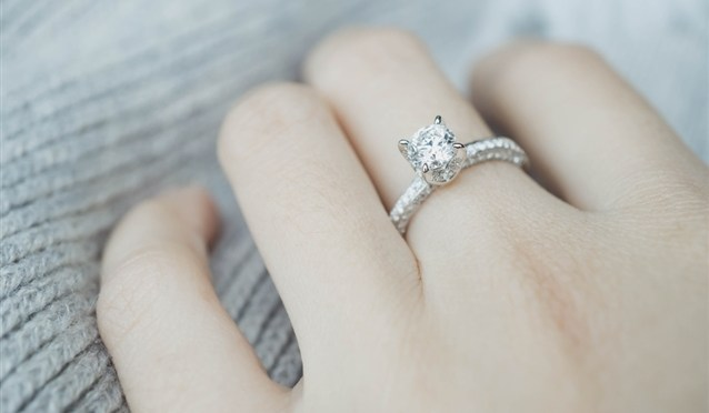 The Most Popular Diamond Ring Designs for Ladies