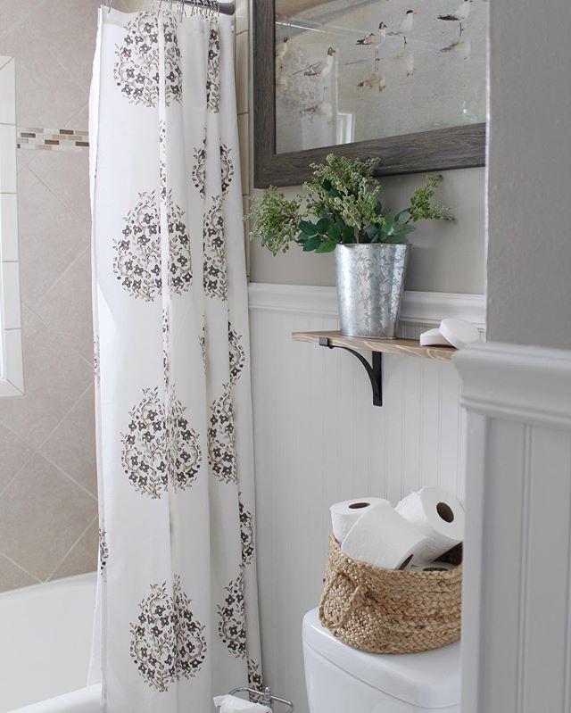 neutral bathroom paint color