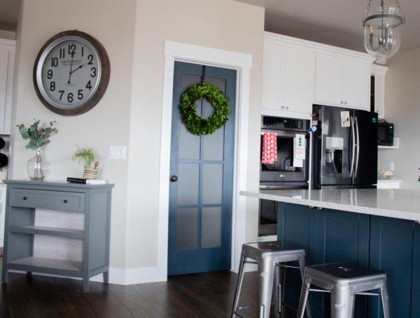 Pantry door paint color