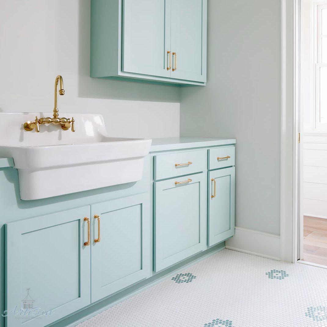 Waterscape cabinet paint color