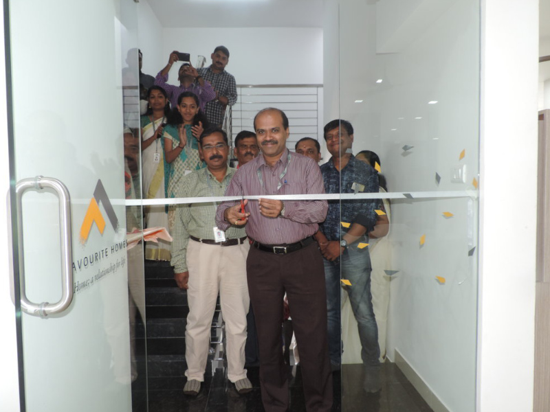 Martin Thomas E, Managing Director, Favourite Homes inaugurating the Spec-Studio at the corporate office