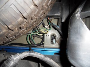 Writeup: Adding backup camera to 2010 F150  Ford F150