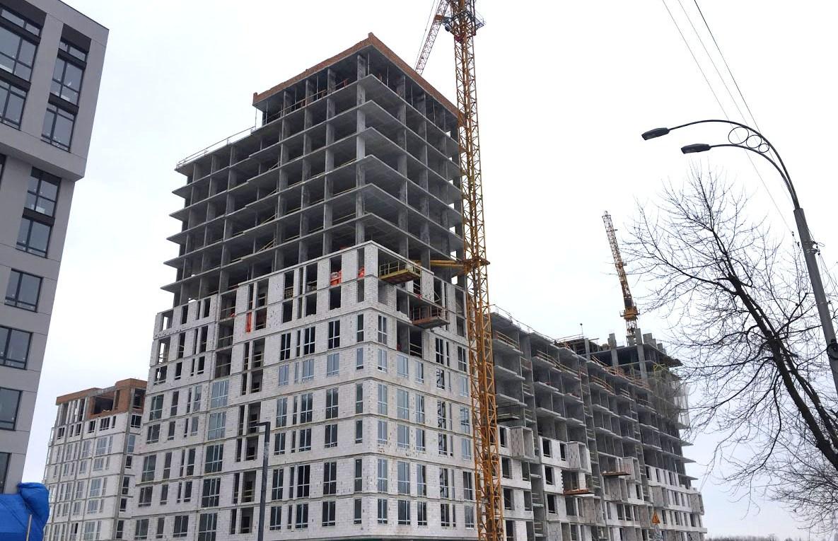 Возобновлена трансляция строительства второй и третьей очередей «Файна Таун»