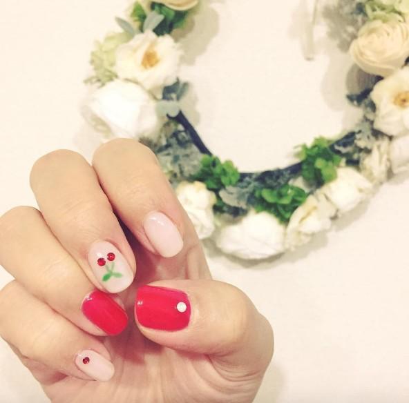 cherry nails 9