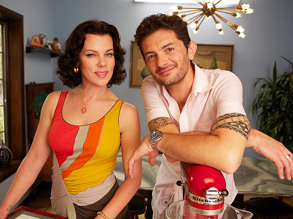 Gabriele Corcos  and his wife, actress Debi Mazar