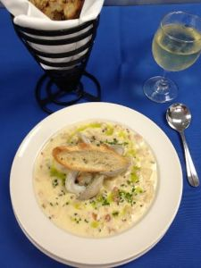 Red's Cape Cod Clam Chowder